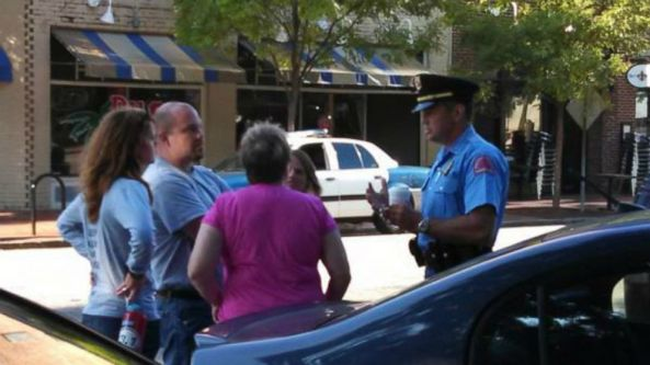 cops_homeless_Raleigh_05